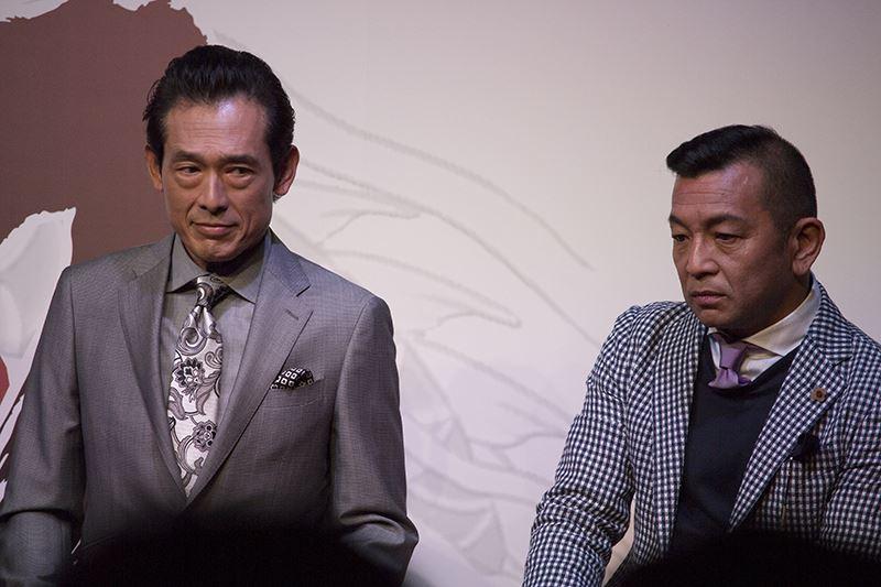 ▲佐川司役・鶴見辰吾氏(左)、渋澤啓司役・中野 英雄(右)