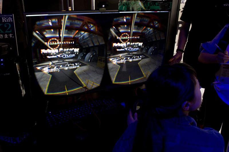 ▲旧店舗でも人気だったOculus Rift DK2体験コーナー。