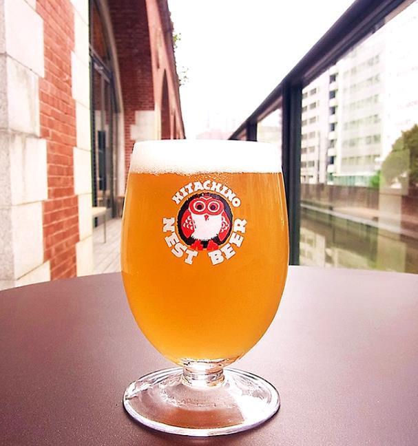▲新開発されたクラフトビール『-HANAYAGI- mAAch ecute』。希少なホップを使った心華やぐフローラルアロマで、さらりとした軽やかな飲みくちが特徴とのこと。