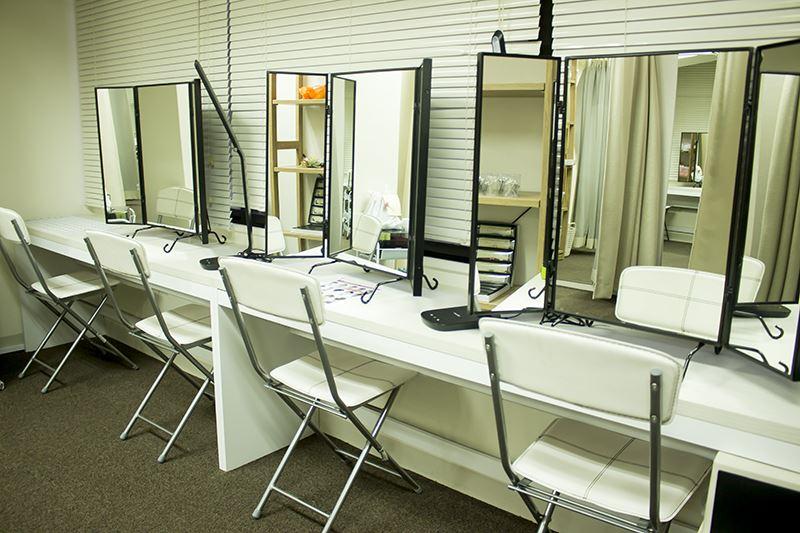 ▲着物を選んだ後はプロによる着付けやヘアセットのサービスも受けられる。