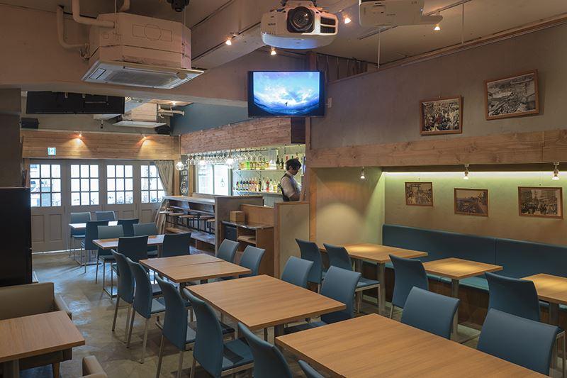 ▲店内の座席は48席。立食できるテーブル配置の場合は70~80人程利用可能。