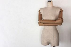 衣装作りの時の重要アイテム「トルソー」(写真はイメージ、提供:写真ac)