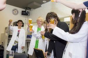 プレオープンでは、集まったメディア、関係者とともに乾杯を行った